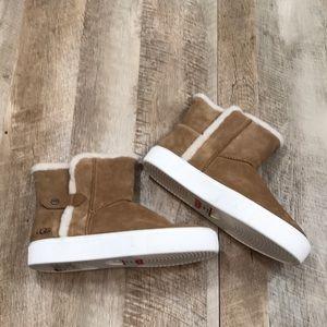 Ugg Priya Plush Sneaker Boot